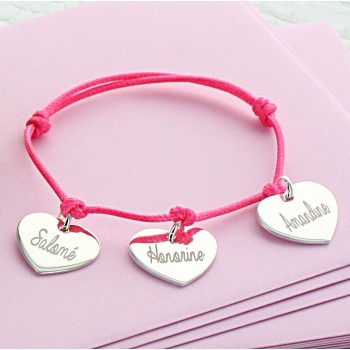Engraved bracelet 3 hearts in Fancy font type