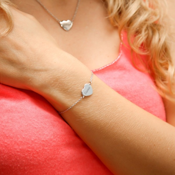 Engraved Convex Heart Bracelet